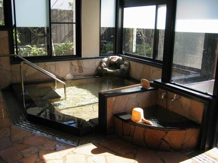 鉄輪むし湯浴場/060925.JPG